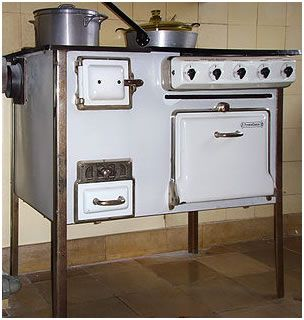 Combination Electric - Coal Stove |