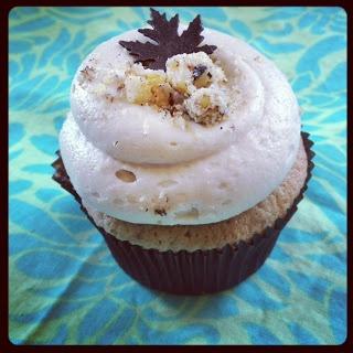 Georgetown Cupcake - Maple Walnut Crunch Cupcake