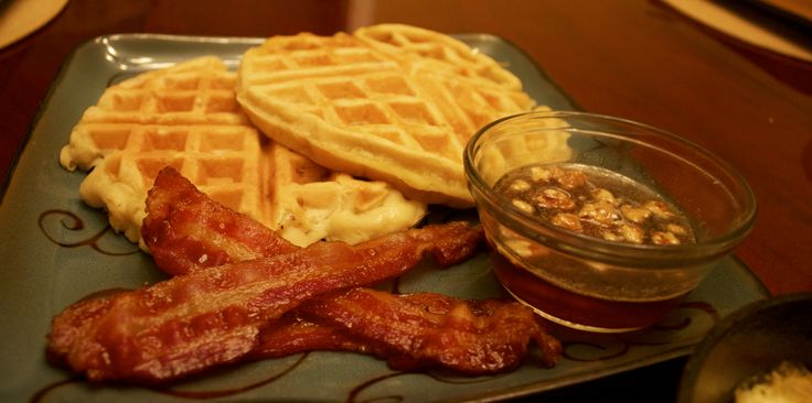 ... Banana Walnut Waffles, organic bacon and buttery maple walnut syrup