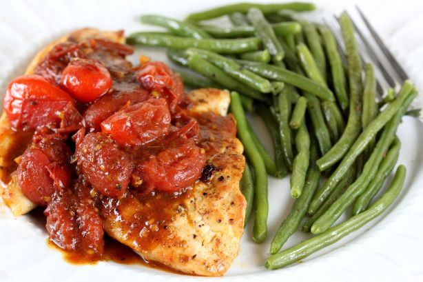 Chicken with Tomato Herb Pan Sauce | Food and Beverage | Pinterest