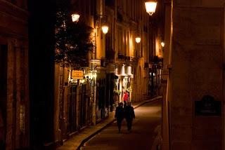 Paris romantic night walk beautiful places pinterest for Romantic evening in paris