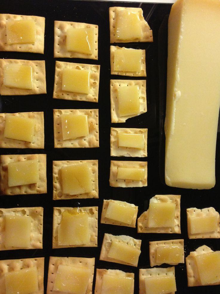 Parmesan crackers with truffle honey | food glory | Pinterest