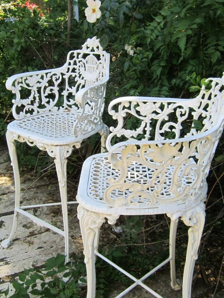 Vintage victorian white ornate wrought iron chair indoor or outdoor b Vintage metal garden furniture