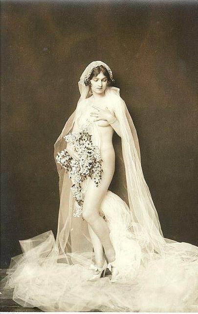 Ha- vintage bridal boudoir