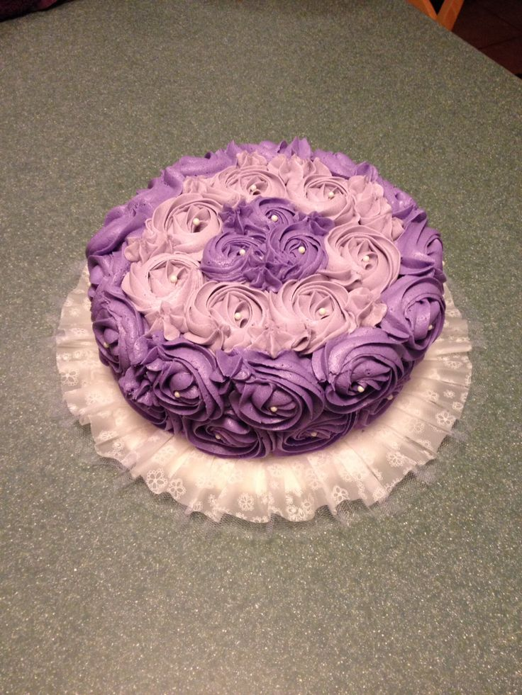 how to make swirl flower on a cake