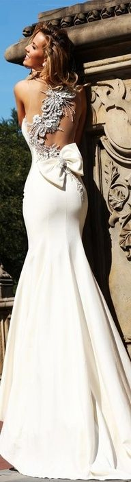 Adorable beautiful white wedding dress for ladies.
