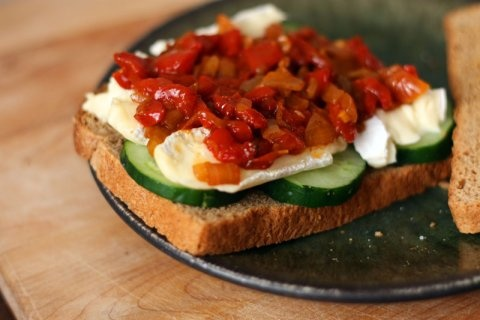 roasted red pepper relish for brie and cucumber sandwiches
