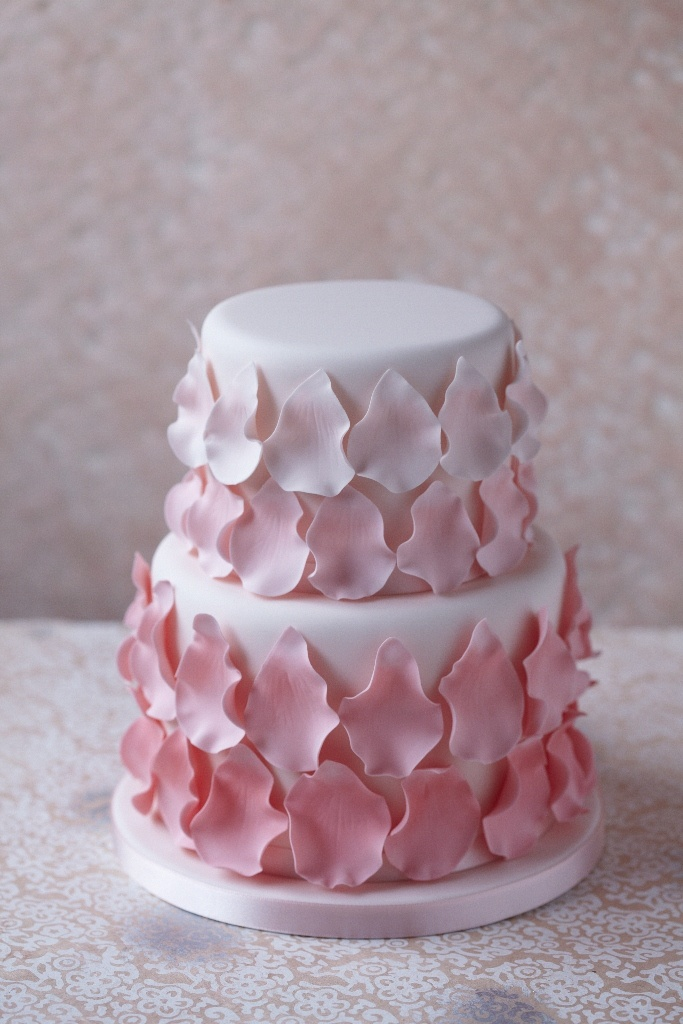 Rose Petal Cake Images : Cake Decorating Rose Petal Cake SMALL CAKE DESIGN ...