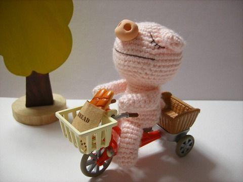 Amigurumi To Go Crochet Along Pig : CROCHET AMIGURUMI PIG PATTERN Crochet Patterns Only