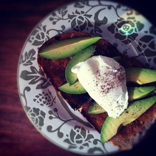 Poached Egg On Toast With Chipotle Mayonnaise, Bacon And Avocado ...