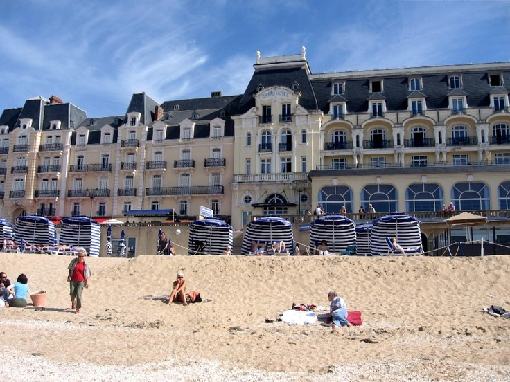 Grand h tel cabourg places i for Hotels cabourg