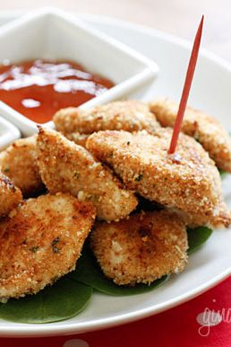Healthy Baked Chicken Nuggets! Perfect to give to your children when ...