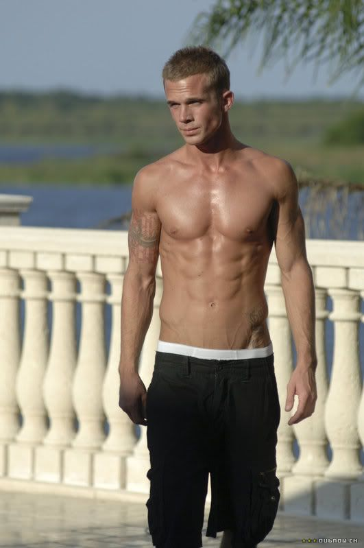 Cam Gigandet -almost put this under om nom nom!