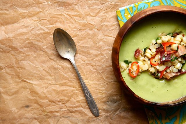 Spinach Soup with Garlic Thyme Croutons Recipe