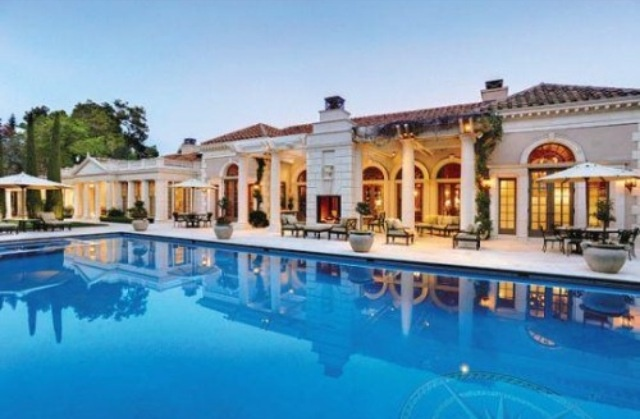 Huge pool atherton mansion billionaire dreaming pinterest - Big mansions with pools ...