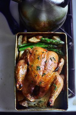 Thomas Keller's favorite simple roast chicken. Looks like the roast ...