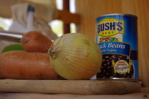 Sweet potato and black bean hash | Good Eats | Pinterest