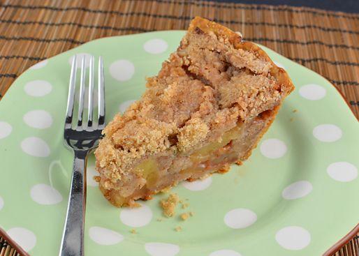 Cinnamon Crumb Apple Pie - Culinary Cory   Sweets... Yum!   Pinterest