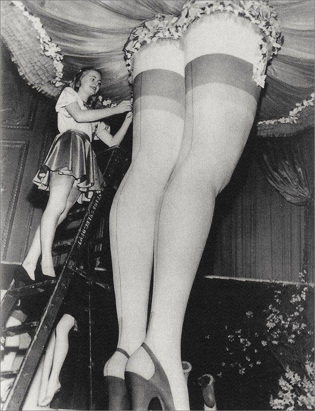 Vintage Leg Sex 84