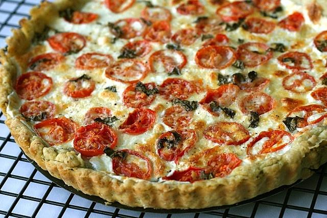 Tomato mozzarella basil tart - JKG says the taste was amazing and my ...