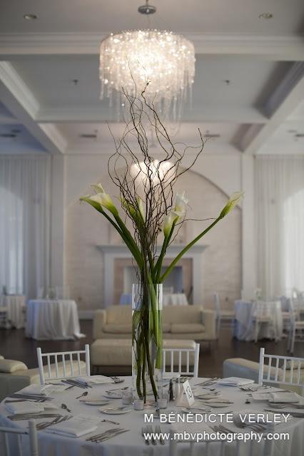 Simple Elegant Flower Arrangement Floral Design