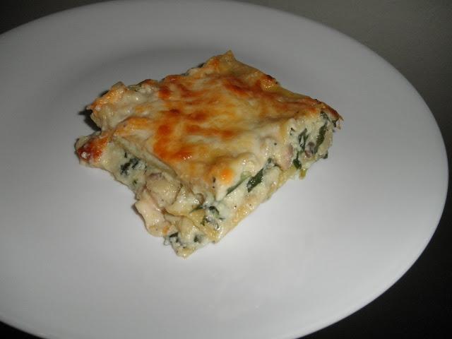 Mushroom spinach alfredo lasagna | Freezer Meals, Food Planning | Pin ...