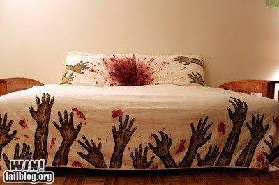 Zombie duvet! > AHHHH!