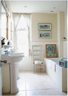 English country cottage bathroom
