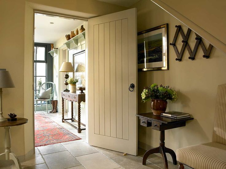 Pin holtrop jan on pinterest - Country cottage hallways ...