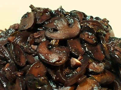 Red Wine-braised Mushrooms | Vegan Meals & Side Dishes | Pinterest