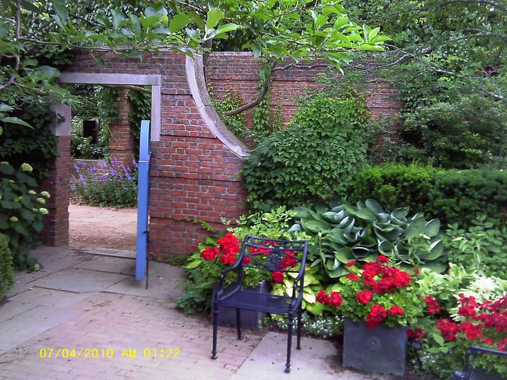 english garden landscape | Share