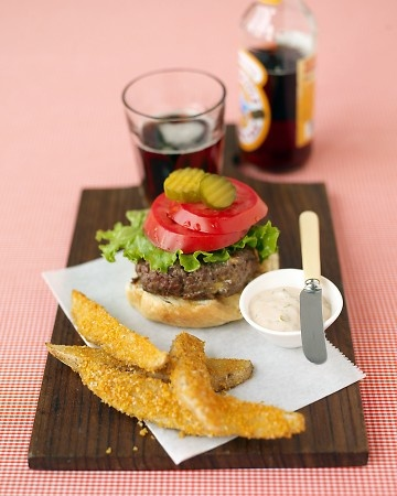 Cheddar Burgers and Crispy Oven Fries | Recipes to try | Pinterest