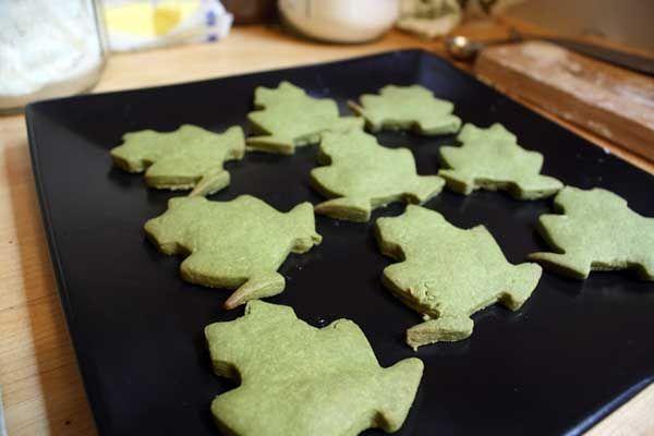 matcha shortbread cookies w a vanilla bean glaze oh yum and matcha tea ...