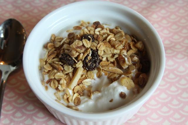 toasted coconut granola | Food-Breakfast Yums | Pinterest