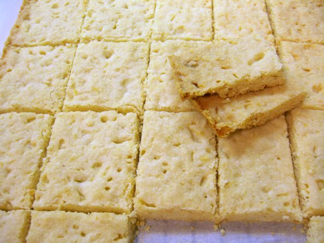 melt melt in your mouth shortbread recipe dishmaps melt in your mouth ...