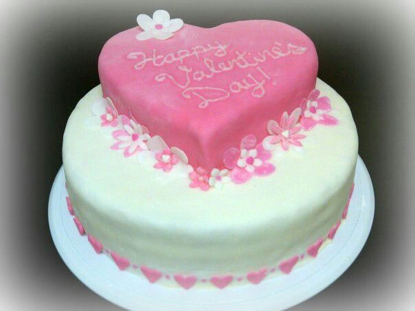 valentine day cake with name