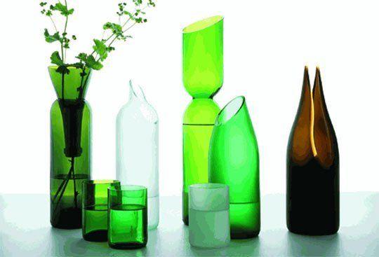 Roundup ways to reuse glass bottles for Reuse wine bottles ideas