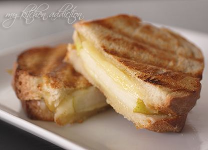 whiskey cheddar and pear grilled cheese! | easy meals | Pinterest