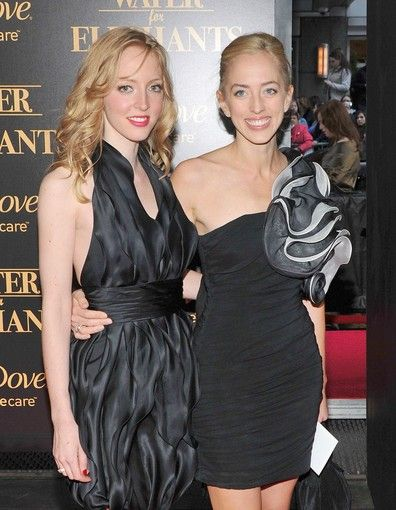 Rob   s beautiful sisters  Lizzy and Victoria Pattinson Lizzy And Rob Pattinson