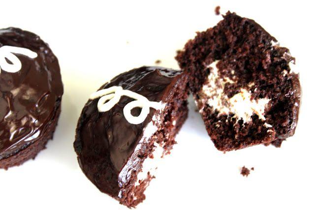 chocolate cream-filled {hostess} cupcakes   20something cupcakes