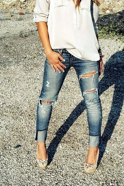 Ripped jeans + white T-shirt | You Fancy Huh! | Pinterest