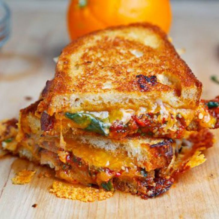 Sweet Chili Chicken Grilled Cheese Sandwich Recipe