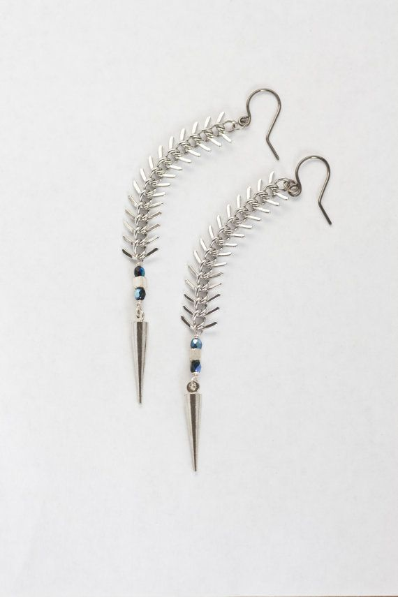 Backbone earrings rhodium spike and fish bone chain for Fish bone earrings