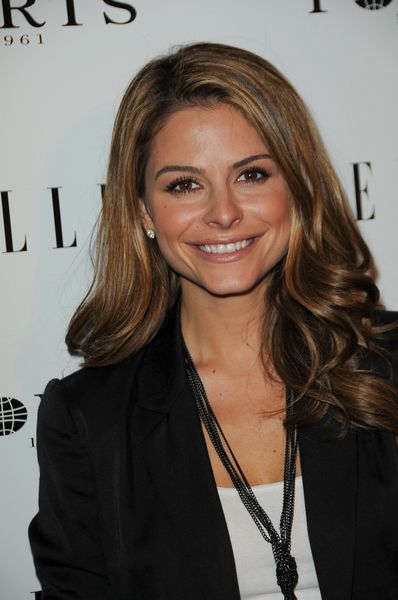 Maria Menounos chic, winter hairstyle