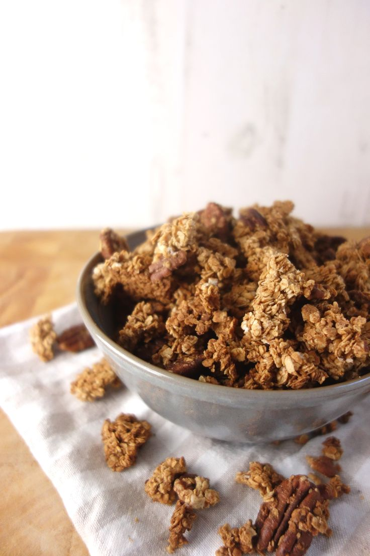 cinnamon-maple-pecan-granola