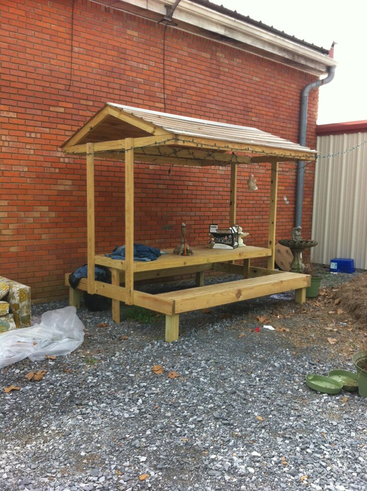 Covered picnic table cool!   Garden   Pinterest