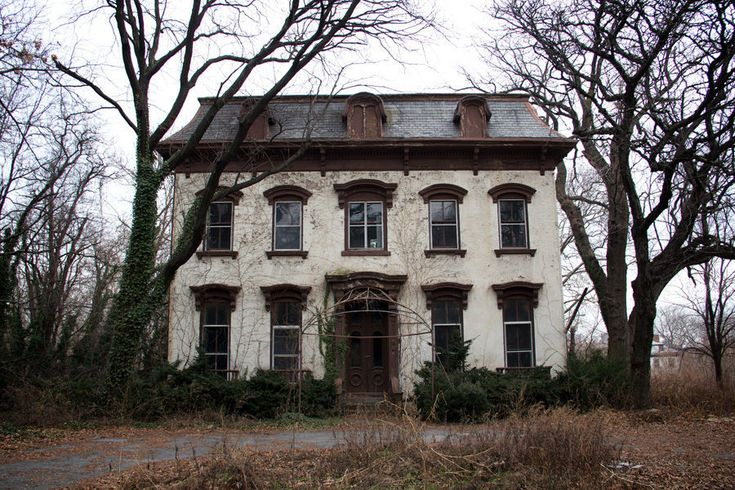 Pin by becky bowman on architecturally significant homes for Abandoned mansions in new york for sale