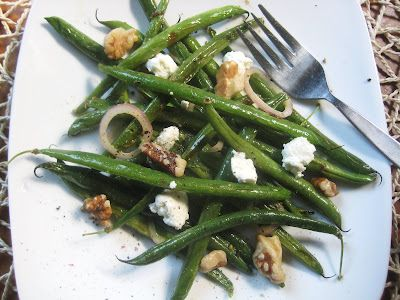 ... roasted haricots verts, along with goat cheese, walnuts, and shallots
