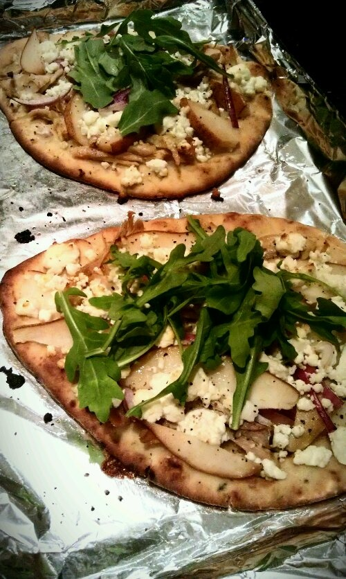 Goat Cheese and Pear Naan Pizzas | Foodies | Pinterest