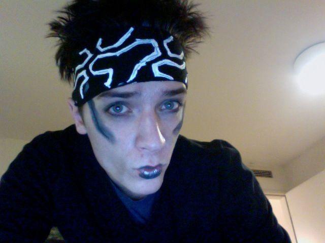 OMG! That's it. I'm dressing my bf up as Derek Zoolander. I don't...